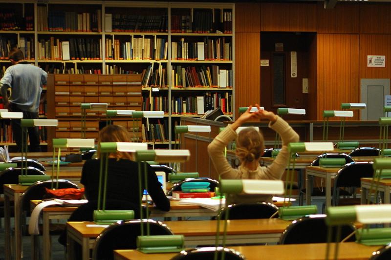 Az OSZK olvasóterme, http://nemzetikonyvtar.blog.hu/