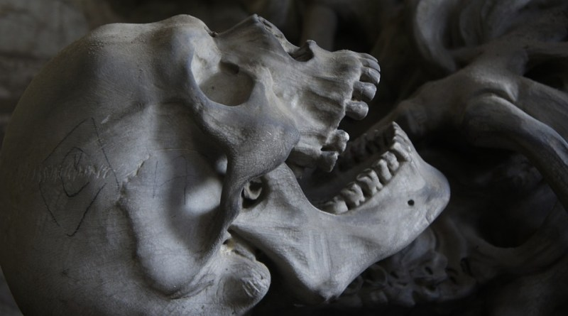 Nácsa János (Ad Librum Kiadó) A Csontváry-kód 8. fejezet