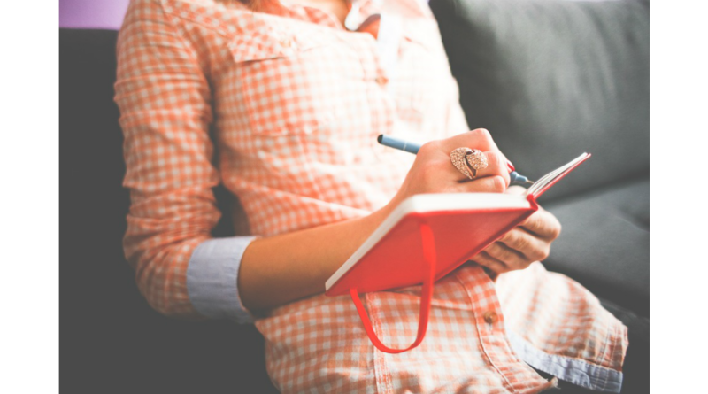 Nádasi Krisz: Az egyetlen írói fejlesztő módszer, ami igazán működik